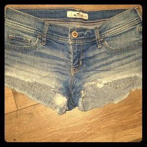 Distressed Hollister Short-shorts